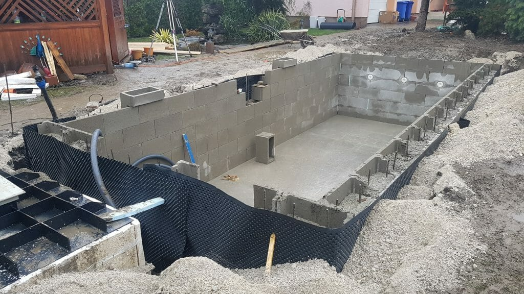 stavba fóliový bazén
